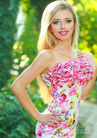 Gorgeous girls only, exotic Russian woman picture: Alena from Odessa